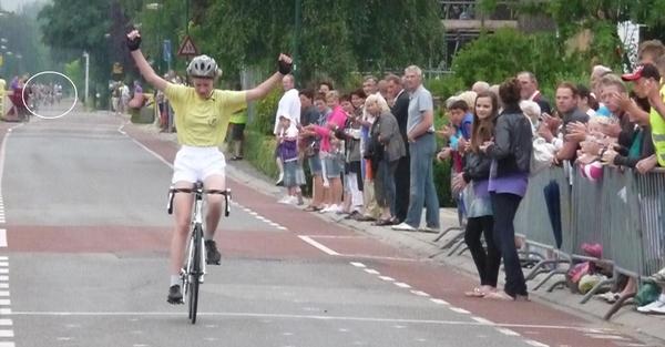 Lenneke wint met overmacht eerste etappe Tour de Schalkwijk