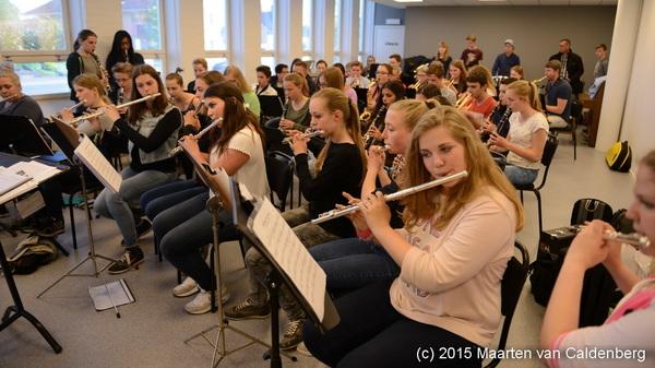 Gisteravond hadden de leerlingen van @blazersrosmalen @Rodenborch een repetitie met Tidaholm Ungdomsorkester