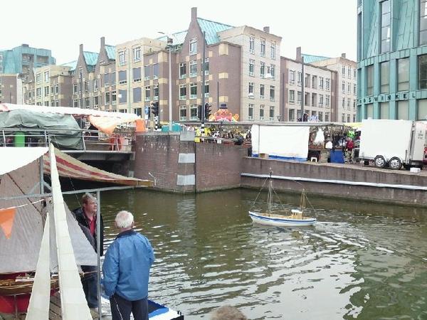 Geen boten meer in het kanaal?