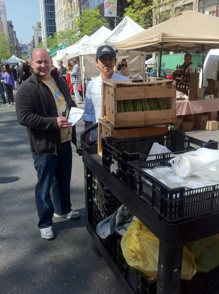 Union Sq Farmers Mkt: ABC Kitchen Chef Dan & a sous buying spring produce 4 dinner ... Where I'll b eating 2nite!