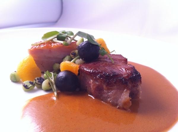 New modrn Veracruz tstng menu starts n Topolo: showstoppr: pata negra pork neck&belly n tlatonile.Sesame dumplings