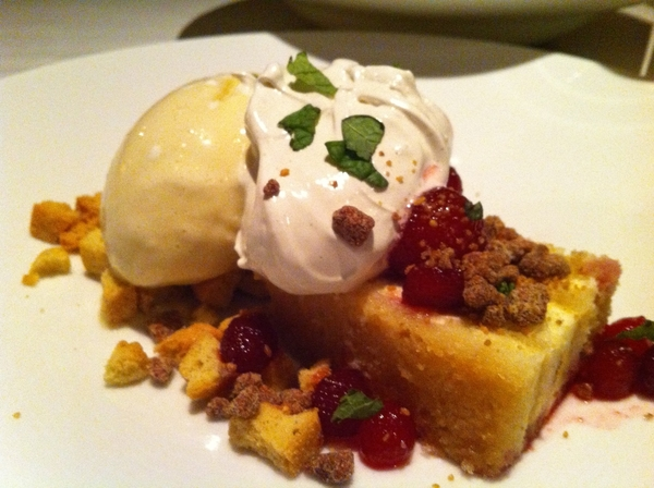 "Frm Oaxacan tasting menu, pastry chef Jen Jones' ante de almendra (almond ""trifle"", meringue,jamaica-poached pears"