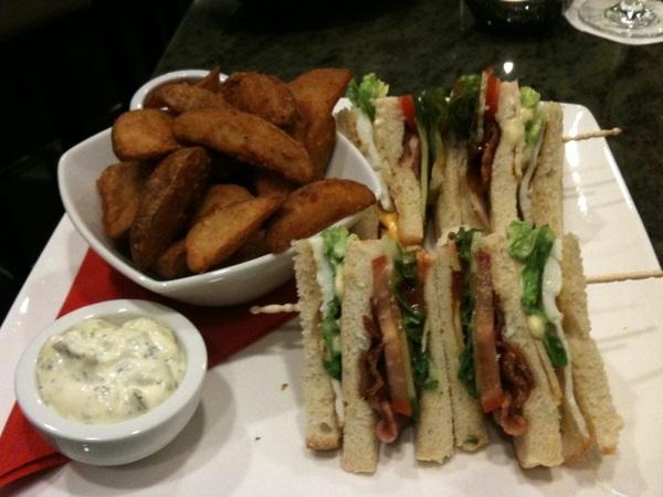 Hm lekker club sandwich in hotel, op weg voor #Wortell