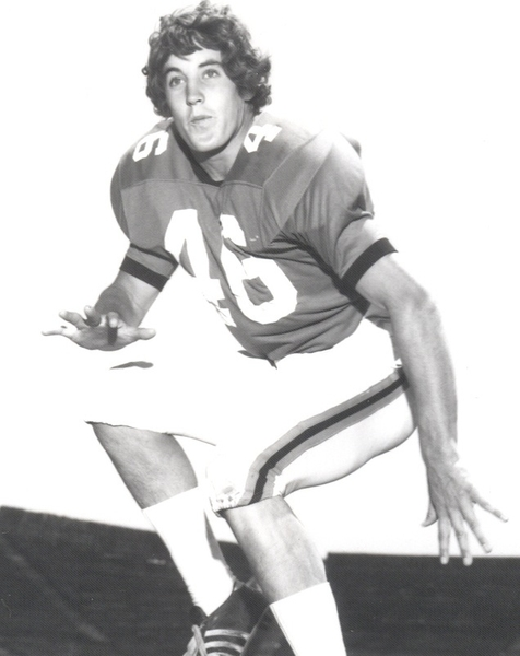 Win 2 club tix to Sat's game! RT & name the yr of this @PeteCarroll pic to enter! #putmeincoach
