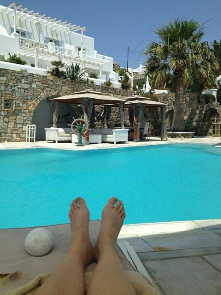 Laatste uurtje aan het zwembad #lvresort