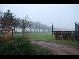 Mist in Eelde. Nadat de nacht verdreven was door de dag, kwam de rust en stilte mij tegemoet.  Roeland van Fastenhout #buienradar