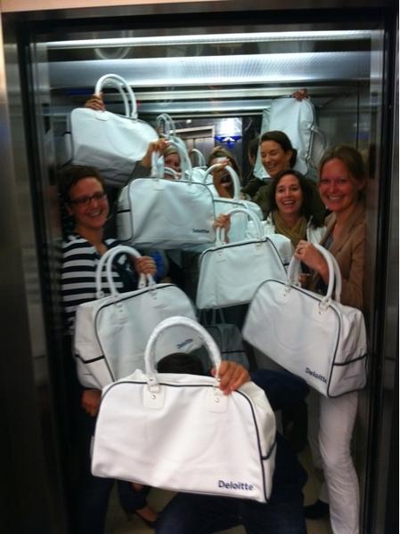 Deloitte komt naar je toe deze zomer! Gadgets in de lift...#promoteam