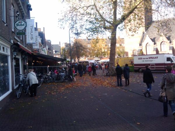 Drukte op de markt: intocht Sinterklaas