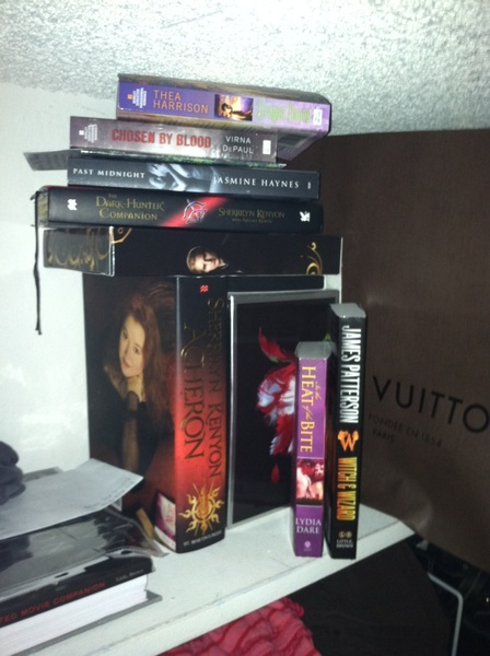 Ok. As promised, the top of my closet.  It's all I have. :( the twilight books are not signed. Hehehe @AnnCraven @r3n87