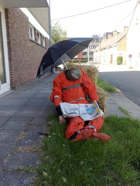 2min pauze tijdens de voorbereiding van de oefening #brandweer #veurne voor vanavond.