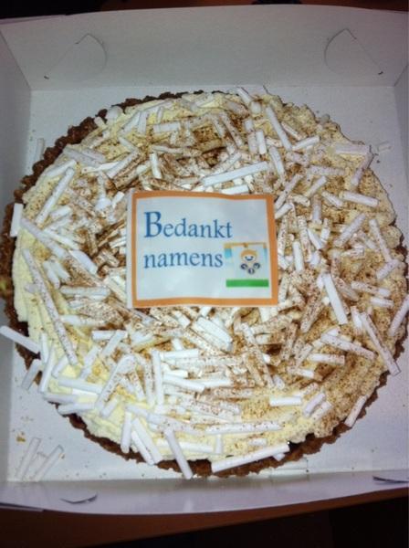 Vandaag onze sponsors bedankt met een lekkere taart! Bedankt allemaal!
