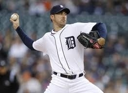 @mikekakuk One more day!!!! #tigers #jv #openingday