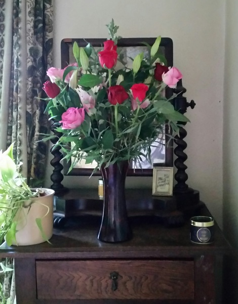 Came home to this stunning arrangement, 1st time my mum's done one for me #chuffed