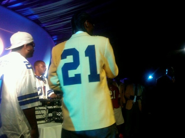 .  @SnoopDogg showing much Love- rep'in for Hubby on stage at #HOF #Afterparty