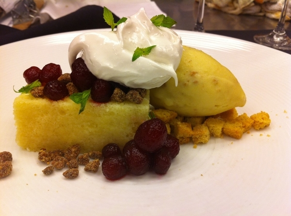 Pos new Topolo Oax Tasting dessert: ante de almendras w almond ice cream and jamaica-poached pears