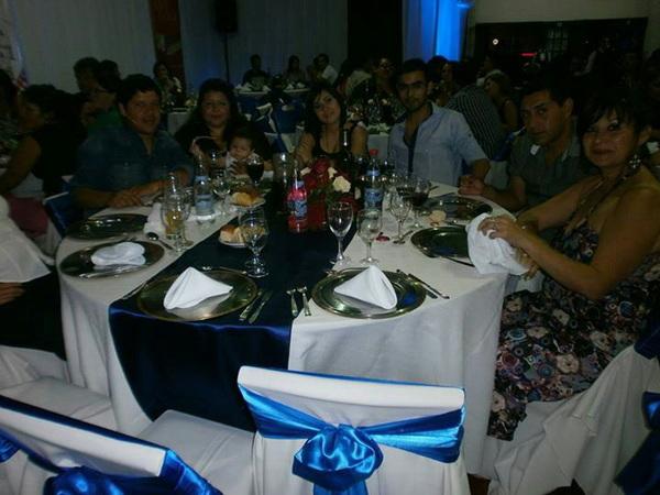 Fotos Con mis compañeros de trabajo y sus señoras en la fiesta de molino!
