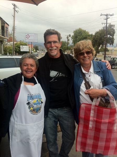 Sabina Banderas has worked La Guerrerense cart on same corner n Ensenada 4 more than 30 yrs. W me & r Mex producer