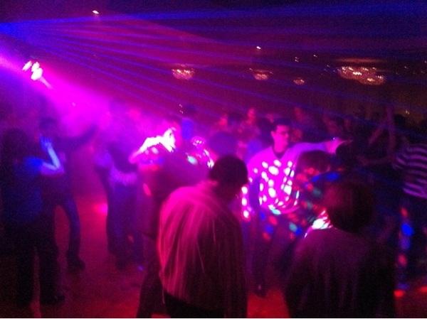 Super atmosfera la Party Orange