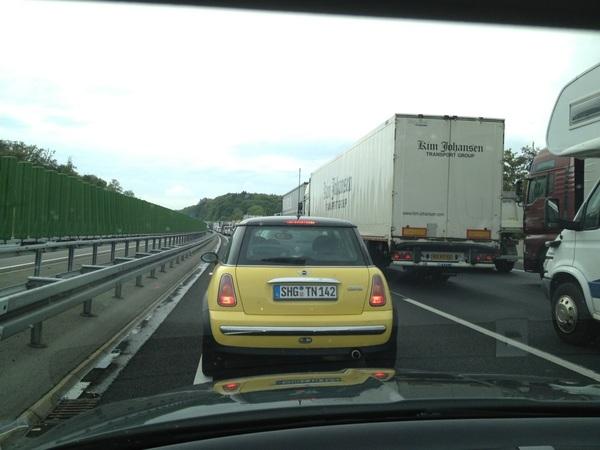 Beetje jammer dat we op de terugweg zwaar in de file staan… #Berlijn2012