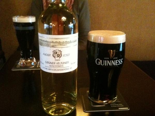 Andert Austrian Grüner Veltliner, better than Chardonnay. Purple Heather Gastro Pub, Burlington. Nice Guinness 2