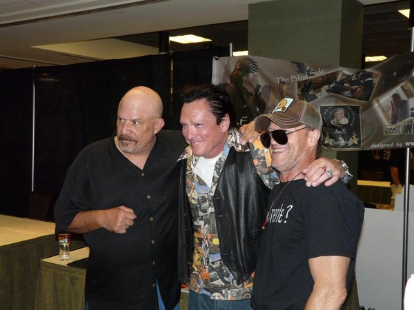 @Michael_Rooker  one more pic of U T & M