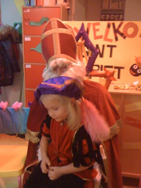 Daughter didn't recognize 'Daddy Sinterklaas'!