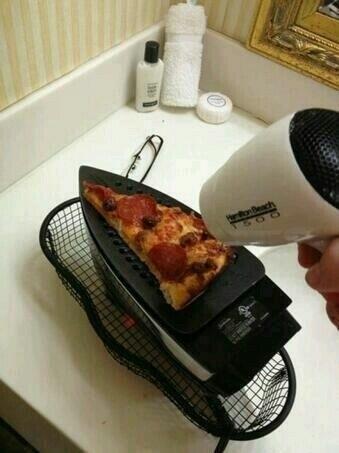 #Calentando la #Pizza para la #Once .....