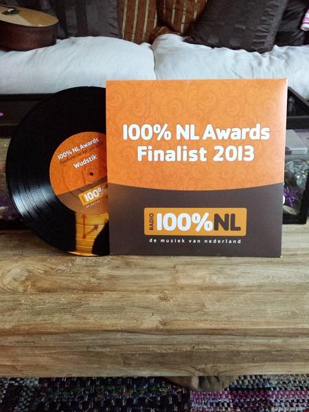 stemmen kan nog steeds hier http://t.co/dfmShQddWv #finalist #nominatie 100% Nl