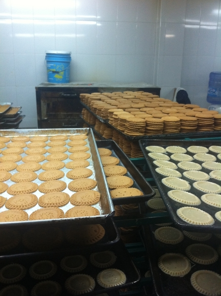 Puebla artisanal sweets kitchen: tortitas de Santa Clara: formed cookie crust, ready-to-bake, baked