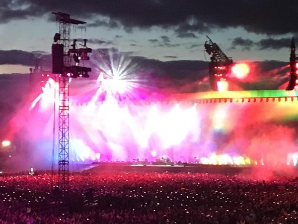 U2 last night.