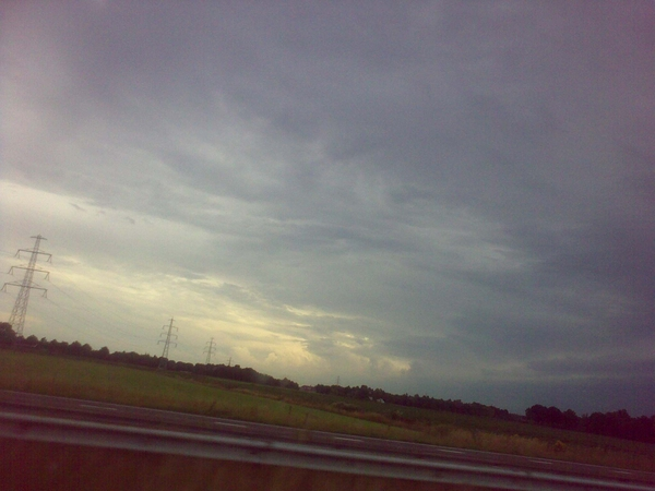 Onderweg naar klant Thermen Busloo, Voorst. Onweer comming up. Awesome