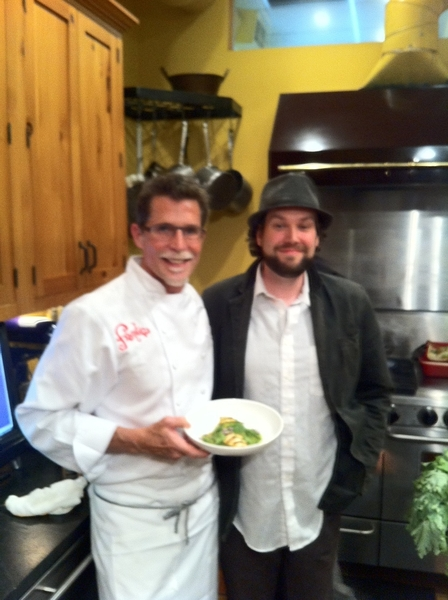 For 2nd demo, I made Patrick's chicken n green chile-spinach cream.Another winner of Frontera Farmr Foundn contest