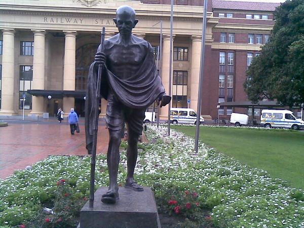 Statue of ghandi at wellington railway station