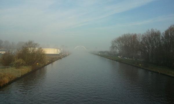 Mist boven het kanaal.