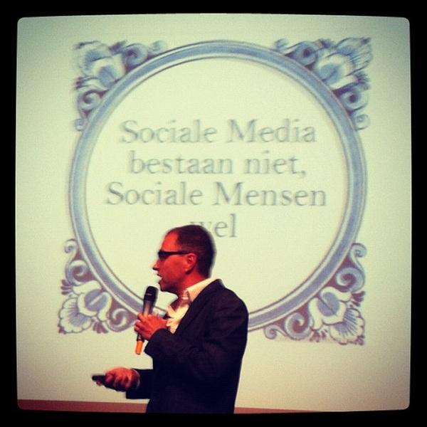 tegelwijsheid. #social #boekpresentatie #klaasweima #verdiendeaandacht
