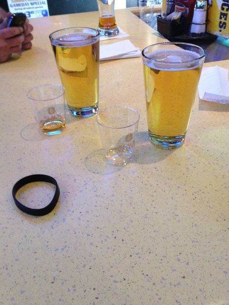 Me and @itreatemassuch @ BW3 Round 1 against the struggle.