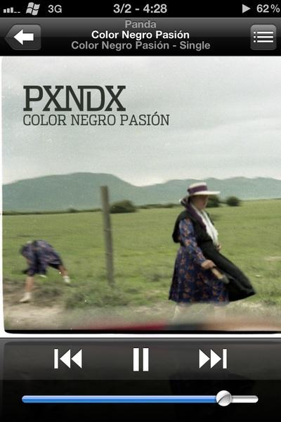 Ya que @path no reconoció la canción que estaba tocando. #NowPlaying Color Negro Pasión de @pxndxmusic