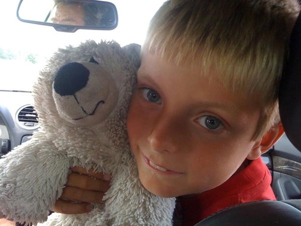 Son & bear: inseparable couple; quiz: look for @huub