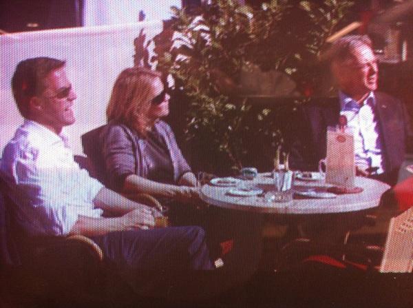 En toen had de premier ineens een gat in zijn agenda van een paar uur. Dan maar terrasje pakken in Haagse binnenstad.