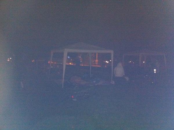 Van Aartsen laat nu ook vreemdelingen in de kou staan/slapen. #koekamp