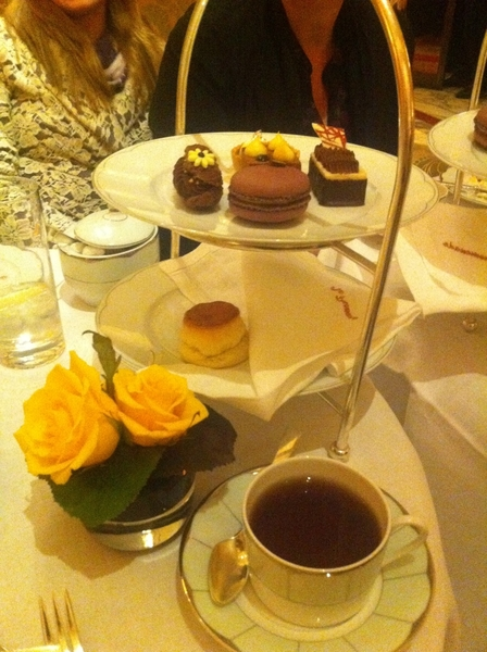 I know: old school luxe, but I love it. Sun aftrn tea @ Dorchester. Amazing serviceware&service. Pretty gr8 food 2