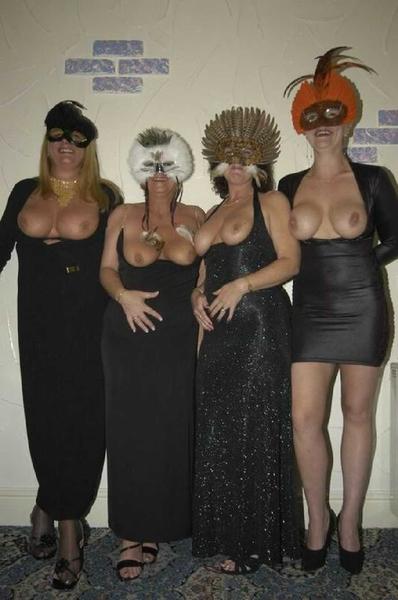 #halloween #boobies