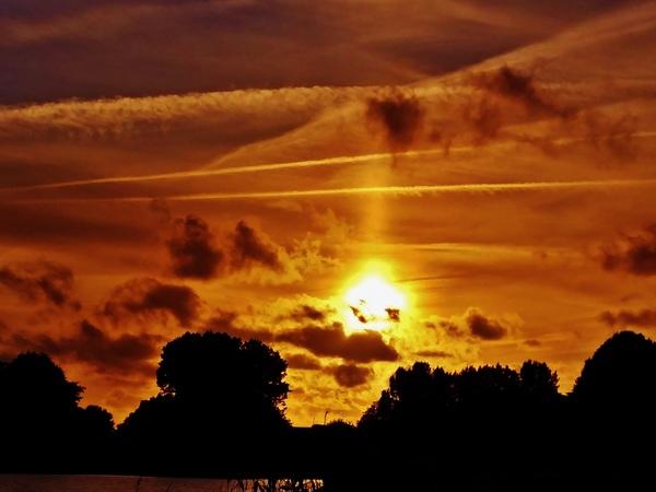 Adembenemende zonsondergang aan de Rottemeren. 5 juli. #buienradar