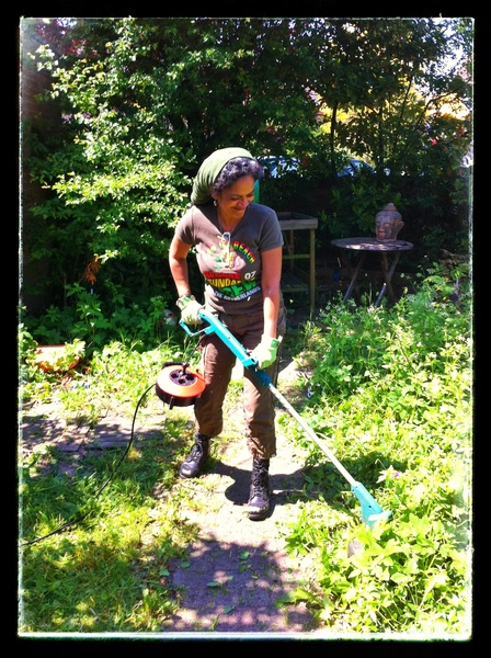 * Weed girl in action... #yardclean