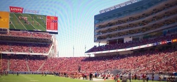 Bravo @JedYork for the @49ers public/private @LevisStadium. http://sportstechie.net/49ers-fan-and-sustainable-technology-centric-stadium-hosting-super-bowl-50/ @KPIXFootball