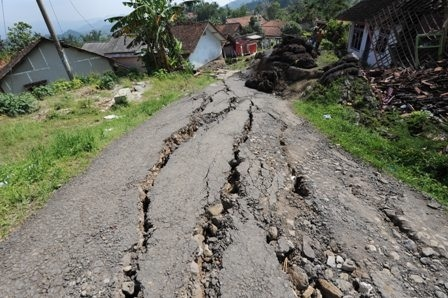 kondisi terakhir dusun cigintung desa cimuncang kabupaten majalengka