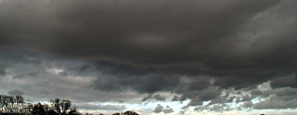 weert 11 jan vanmiddag eerst mooi en toen snel grijs. #buienradar