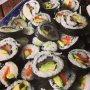 Lola's first selfmade sushi #bestgoeiepoging #keukenprinsesje