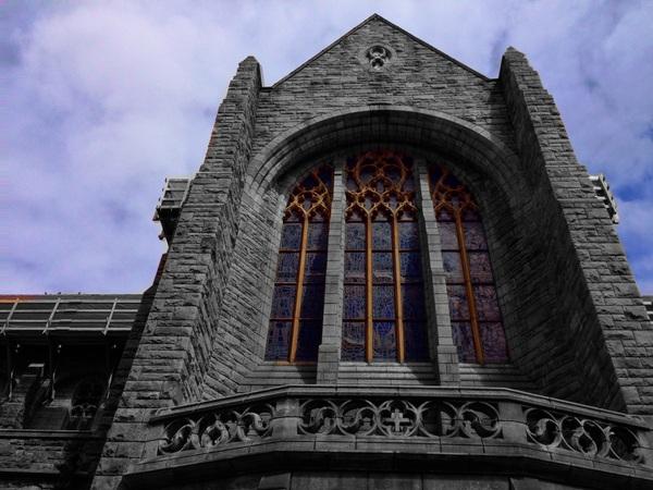 #iphoneographysa experiments Color Splash app - creates selective colourisation effect #capetown #cathedral