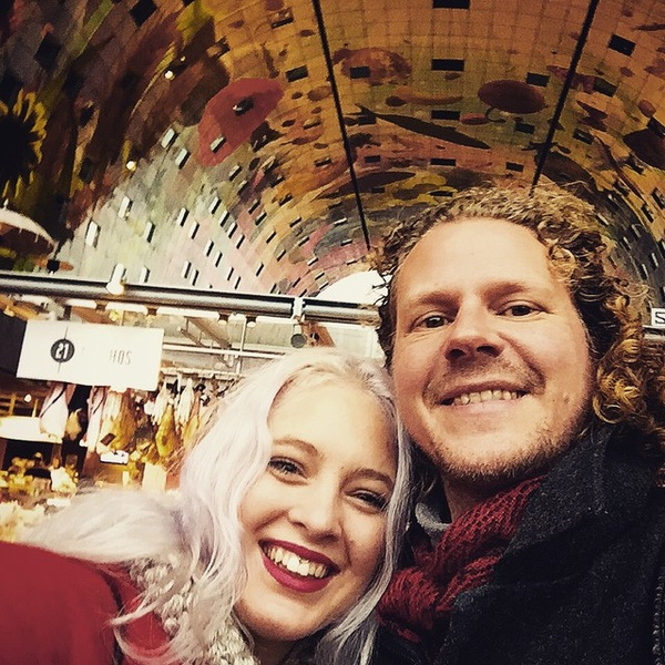 #markthal #selfie with this #nyc denizen. Support her quest in the Big Apple!